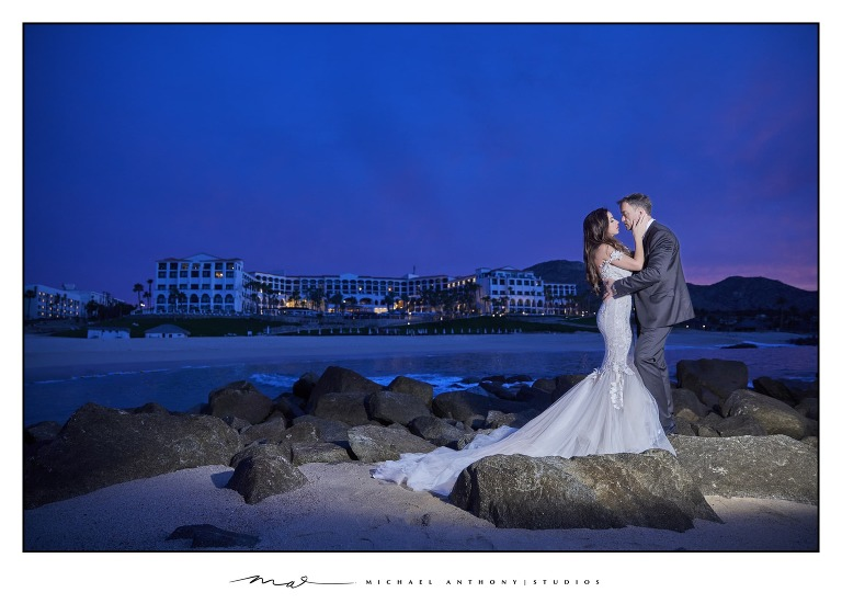 Hilton Los Cabos Destination Wedding | American Destination Wedding Photographers
